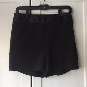 Express Shorts - Women's black express dressy work shorts size 4